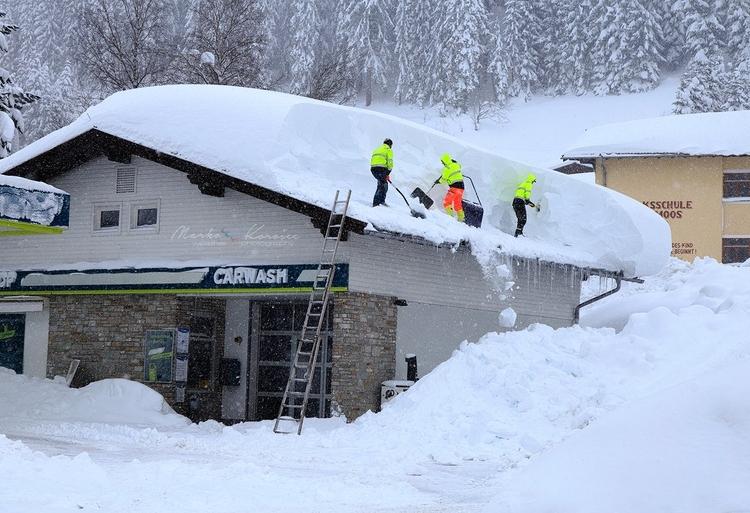 Austra zima
