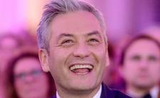 """Robert Biedroń i jego nowa partia tworzą program wyborczy na """"Burzach mózgów"""", pojawiają się kolejne daty i miejsca spotkań z Biedroniem. Kościół straci?"""