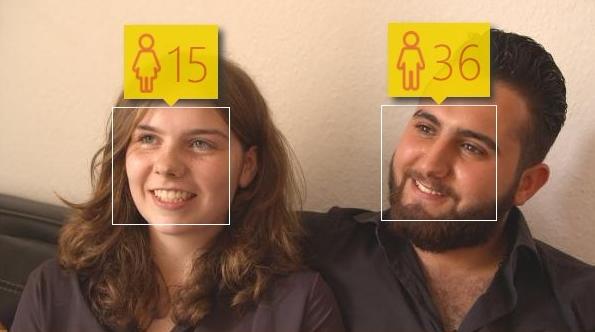 Internauta @StanM3 opublikował zdjęcie pary poddane testom internetowej aplikacji określającej prawdopodobny wiek.