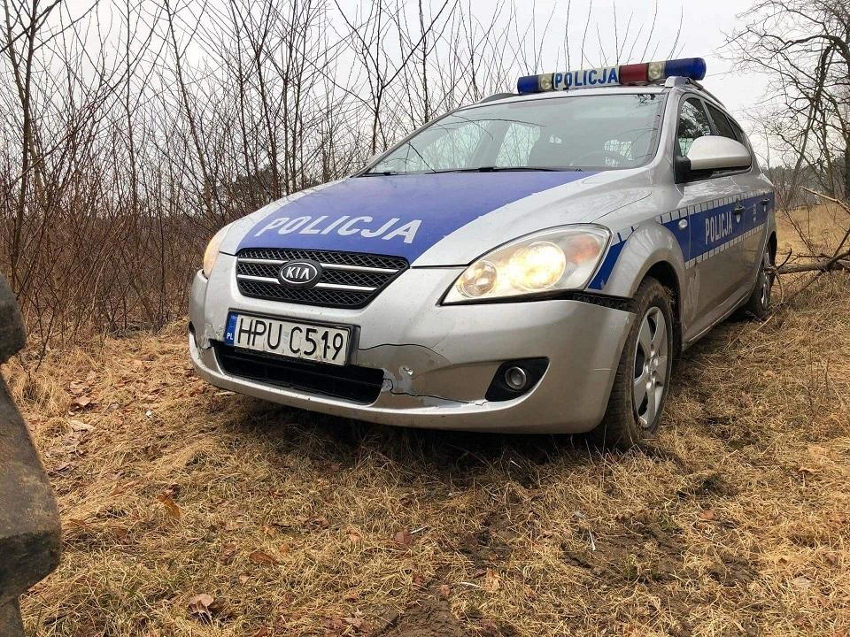 policyjny radiowóz Nowy Tomyśl