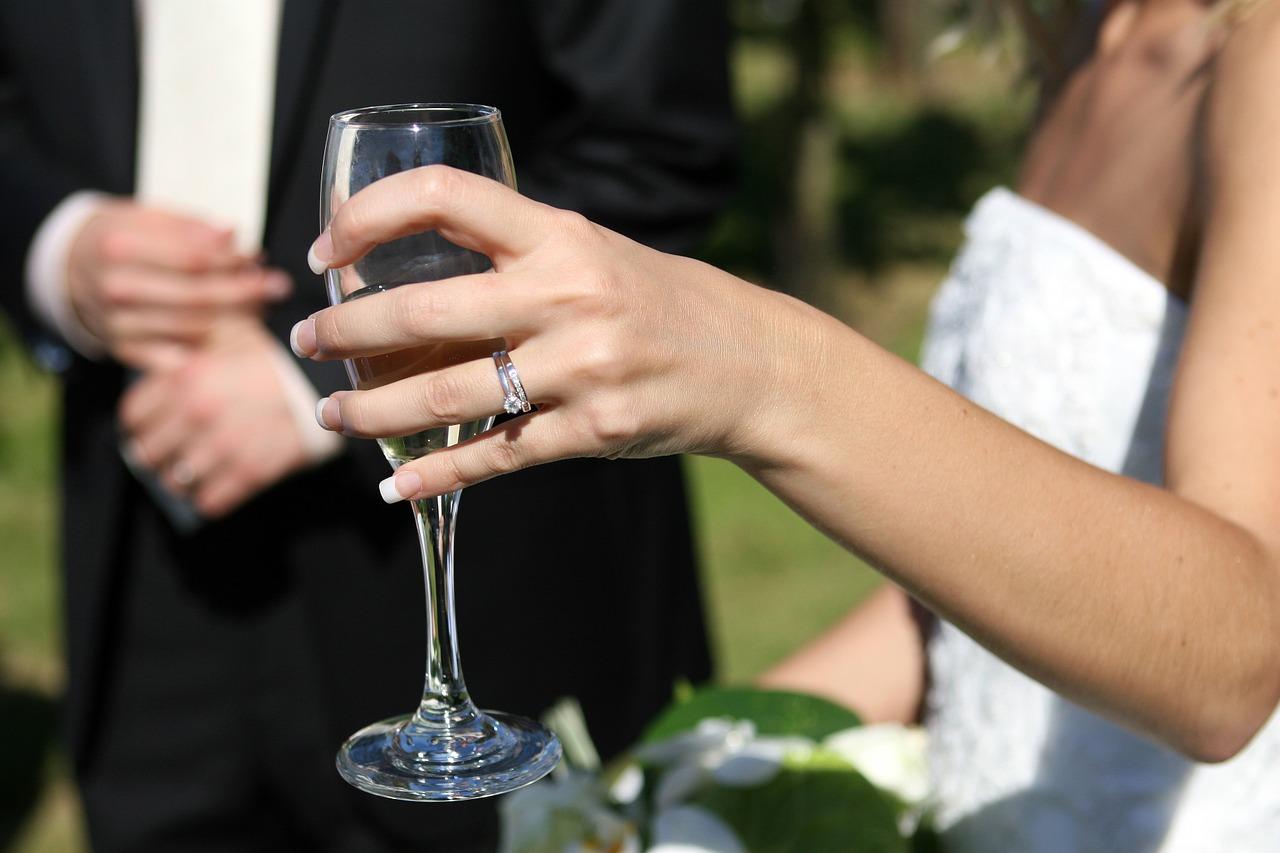 Urząd Skarbowy prześwietla nowożeńców. Pytają o koszty wesela