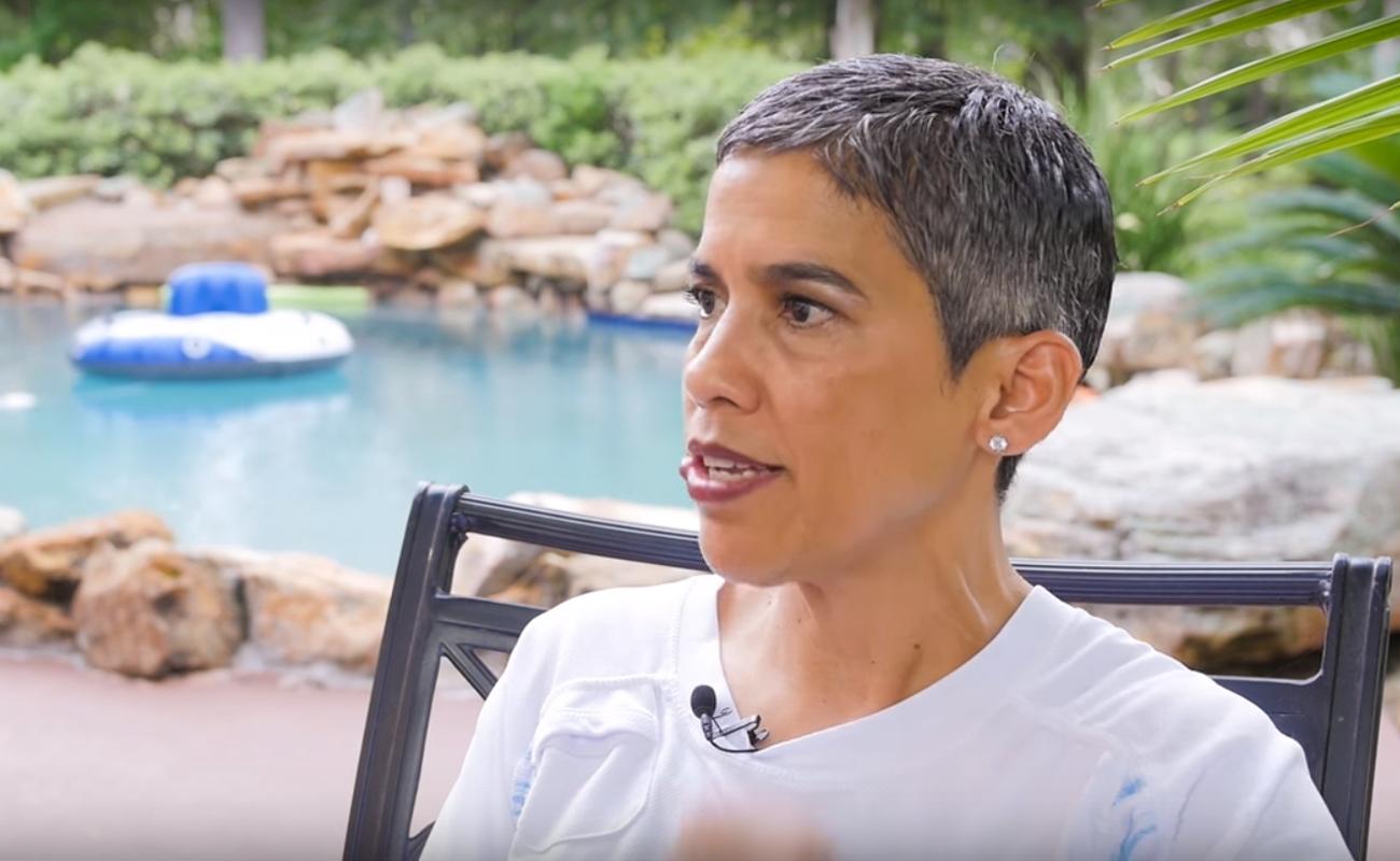 Weganizm miał wyleczyć ją z raka. Youtuberka zmarła na nowotwór piersi