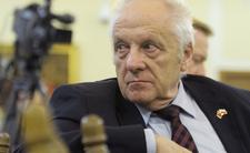 stefan niesiołowski oskarża prokuraturę