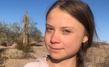 Greta Thunberg podróżuje w czasie?! Jedno zdjęcie wywołało burzę