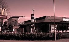 Halloween pogrzebie McDonald's? Mężczyzna zamarł przy kasie