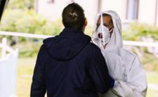 Pandemia koronawirusa i nowe prognozy - liczba zgonów jak z horroru!