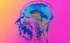 Koronawirus i powikłania neurologiczne - wirus niszczy mózg