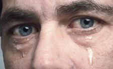 Koronawirus we łzach. Okuliści biją na alarm