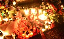Lateks, brokat i cyrkonie. Cmentarze na Wszystkich Świętych zabłysną