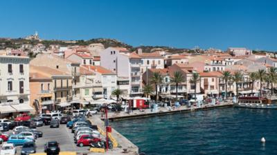 Domy za 1 euro kupić można m.in. na Sardynii