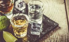 Pijesz alkohol? Narażasz się na zakażenie koronawirusem