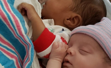 Urodziła bliźnięta o różnym kolorze skóry. Niewyobrażalne
