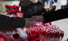 Walentynki rozniosą Ci portfel. Polacy wydają na nie krocie