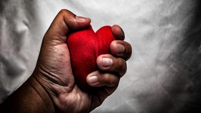 Walentynkowa masakra. Randki to śmiertelna pułapka wstydu i kompromitacji