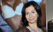 Jasnowidzka Aida Kosojan-Przybysz ujawnia co czeka nas po pandemii koronawirusa. Śpiewająca mistyczka przepowiedziała ROK MIECZA!