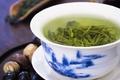 Zielona herbata jest śmiertelnie niebezpieczna? Koronawirus nie śpi