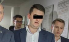 """Bartłomiej M. znowu oskarżony. Mega afera z wódką """"Misiewiczówka"""""""