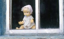 Fabryki dzieci. Kobiety były gwałcone po to, by zaszły w ciążę