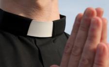 Wikary z piekła rodem - zmuszał do seksu parafianki?