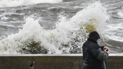 Morze Bałtyckie ciała wypływają z wody