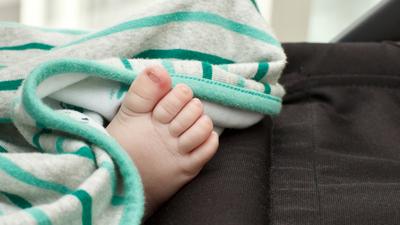 Rodzice katowali i gwałcili córeczkę? 9-miesięczna dziewczynka nie żyje