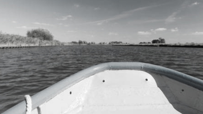 Pijany dziadek wyrzucił 7-latka z łódki. Doszło do tragedii