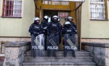 Policja z Lubina kłamie? Nowe fakty w sprawie śmierci 34-latka