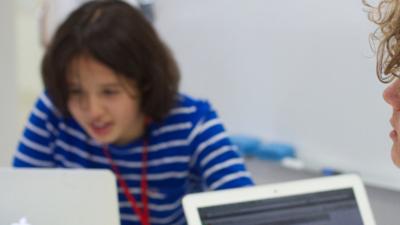 E-szkoła po polsku. Uczniowie dostali porno zamiast fizyki