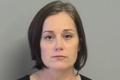Ciężarna nauczycielka zgwałciła ucznia... przy swoich dzieciach?