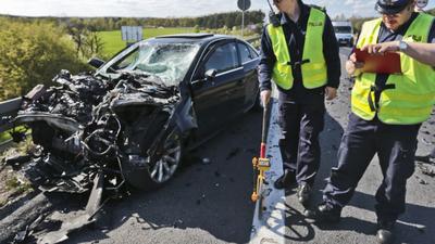 Tragiczny wypadek samochodowy. Nie żyje młoda kobieta w ciąży