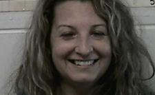 Zabiła męża i uśmiech nie schodzi jej z twarzy. Przerażająca wdowa