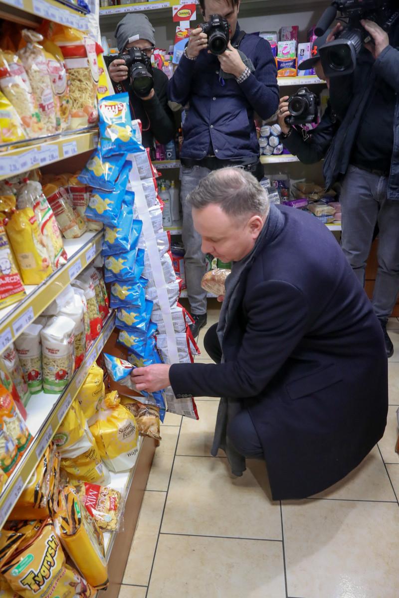 Andrzej Duda ma smaka na chipsy
