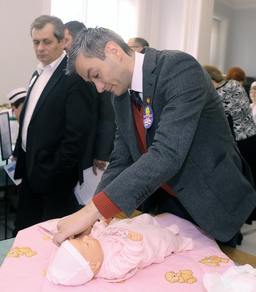 Robert Biedroń i Krzysztof Śmiszek myśleli o dziecku. Czy gejowska para zdecyduje się na adopcję?