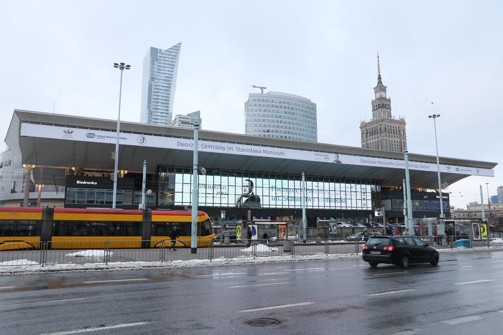 Dworzec Centralny - to tu odnaleziono resztę ciała zamordowanej pracownicy TVP, fot. Piotr Molecki/East News