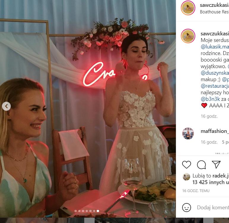 Kasia Sawczuk na weselu w samym staniku? Kreacja wywołała burzę na Instagramie