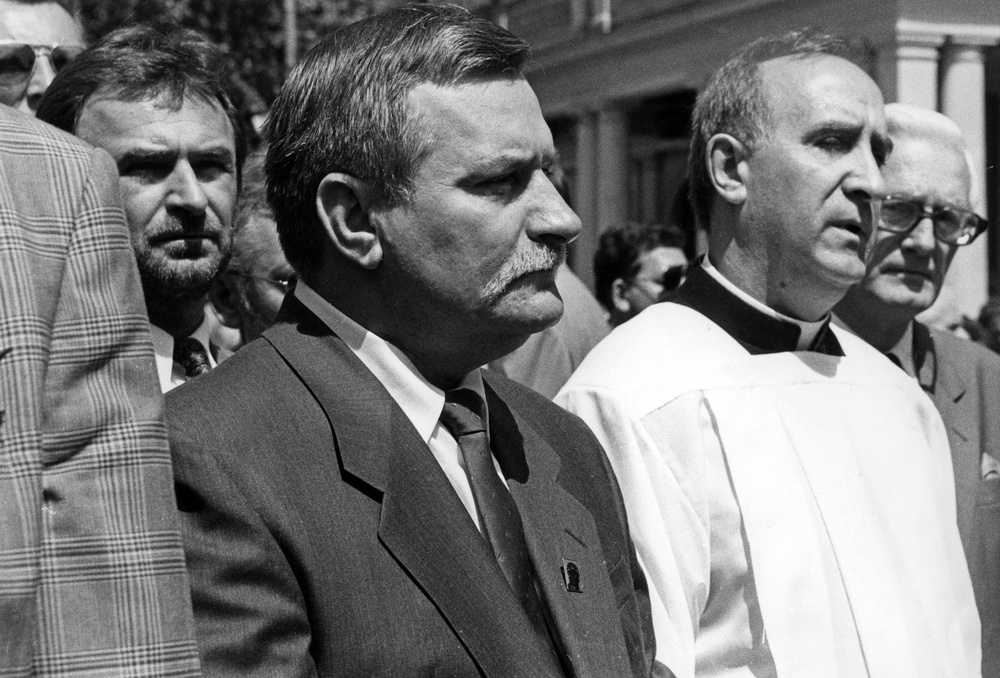 Lech Wałęsa i ksiądz Franciszek Cybula