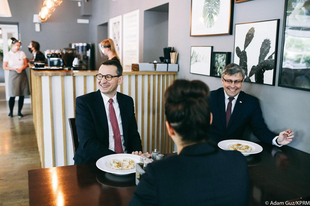 Mateusz Morawiecki w restauracji