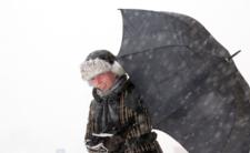 Cyklon Fabian nadciągnął! IMGW alarmuje: wichury, śnieżyce, oblodzenia