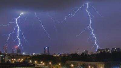 Uwaga na burze i grad - są alerty pogodowe od IMGW