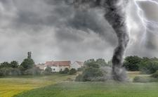 Trąby powietrzne w Polsce. Alert IMGW