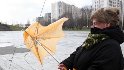 Pogoda w weekend - Polska przywdzieje szarą pelerynę jesieni