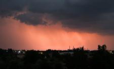 Burze i trąby powietrzne w Polsce - pogoda w niedzielę wieczorem będzie okrutna