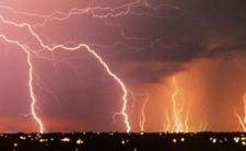 Pogoda w niedzielę - będą niebezpieczne zjawiska pogodowe!