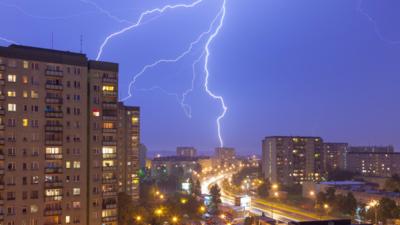 W piątek burze i nawałnice w Polsce. MON wysyła do walki żołnierzy WOT