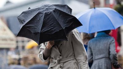 Pogoda w środę: wiatr i deszcz, ale cieplej