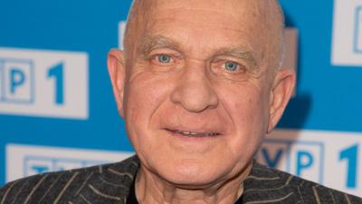 72-letni Strasburger to przy nim pikuś. 75-letni aktor też został tatą