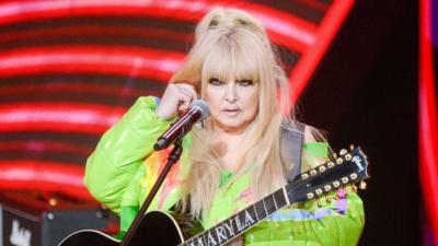 Maryla Rodowicz przestanie śpiewać swoje przeboje? Zapalenie tchawicy może zakończyć jej karierę