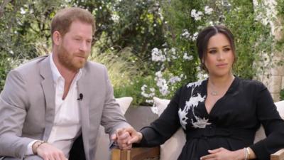 Książę Harry i jego żona Meghan - wstrząsający wywiad i walka o życie prywatne