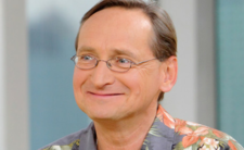 Wojciech Cejrowski wraca ze spuszczoną głową do TVP