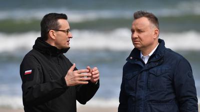 Andrzej Duda coraz bardziej zagrożony. Niczego nie może być pewien